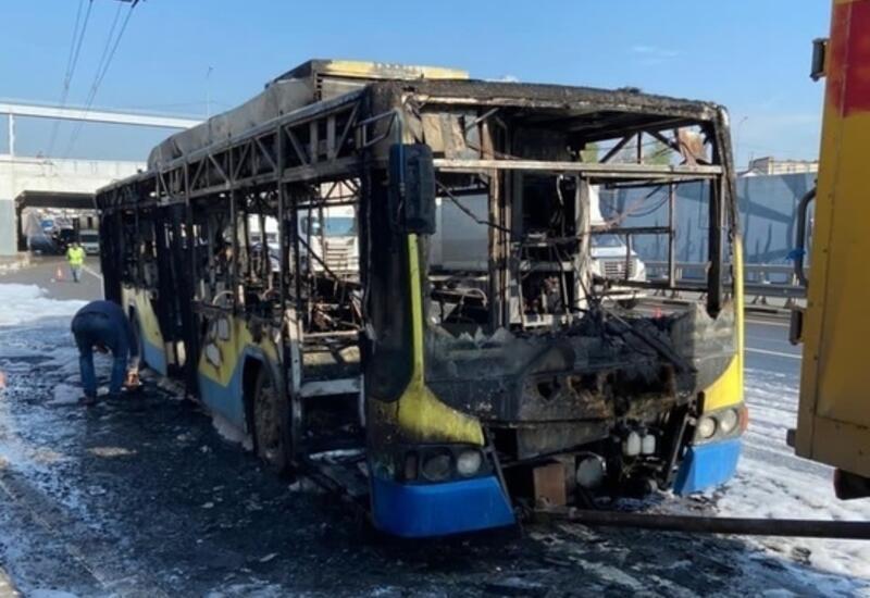 В России сгорел троллейбус