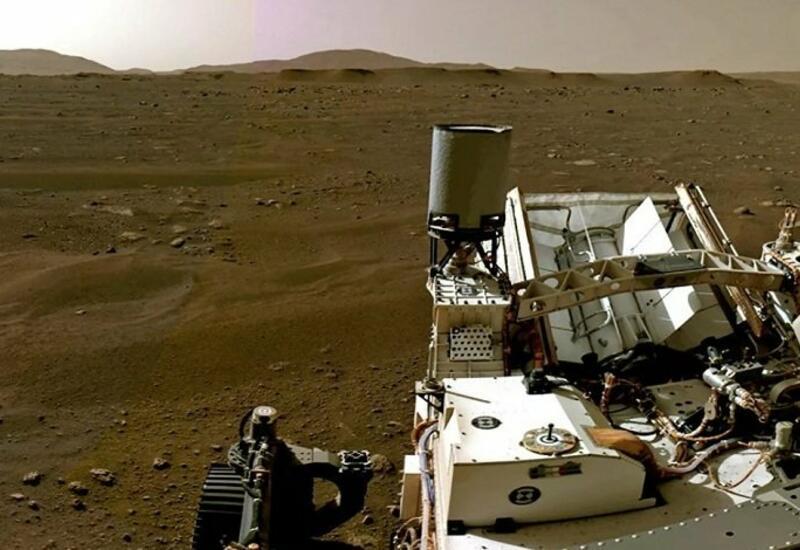 Марсоход Perseverance прислал новые снимки Марса