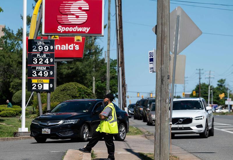 В США цена на бензин выросла до рекордного за 7 лет показателя