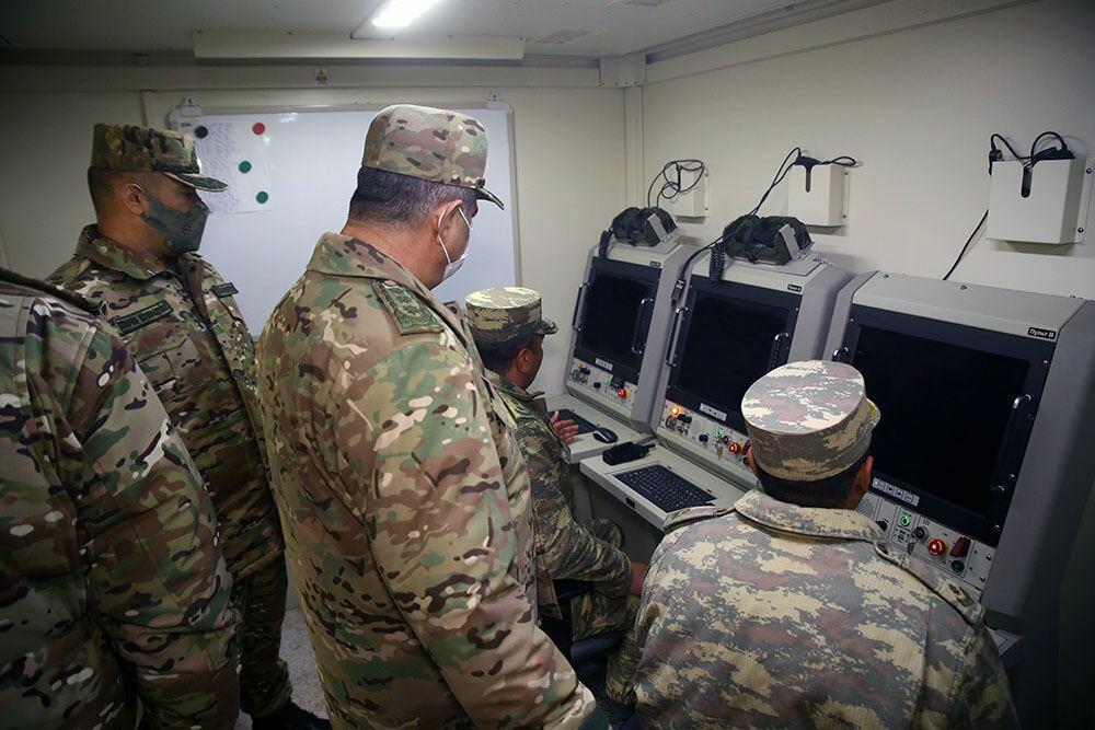 Закир Гасанов посетил подразделение войск ПВО на освобожденных территориях