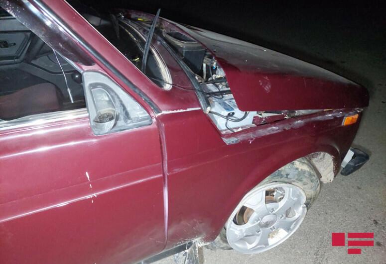 В Гёйгёле автомобиль потерял управление и перевернулся