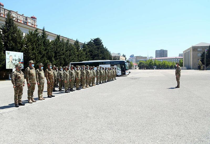Личный состав и военная техника ВС Азербайджана отправлены в район учений