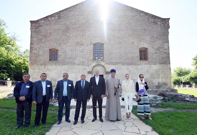 Президент Ильхам Алиев спасает историю и наследие удин