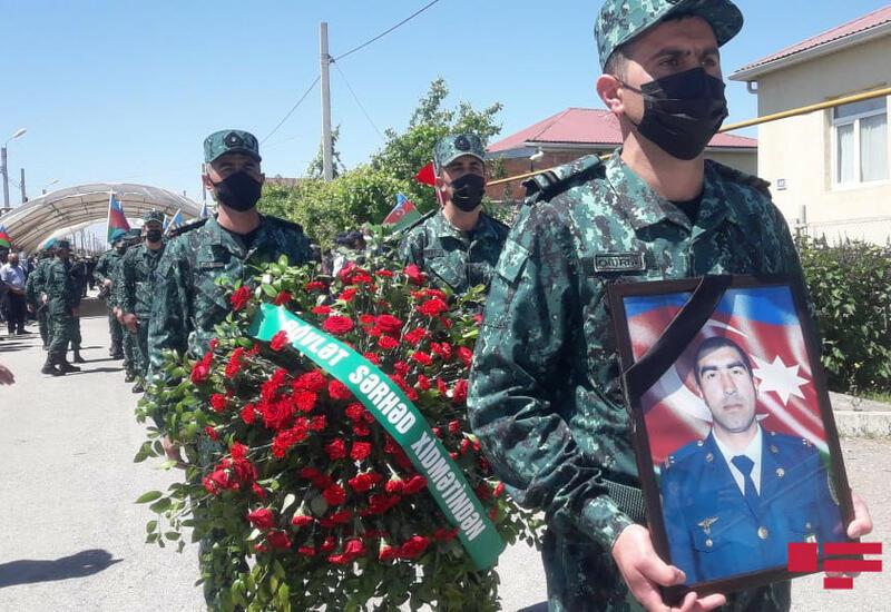 В Губе похоронен прапорщик, погибший в перестрелке на границе