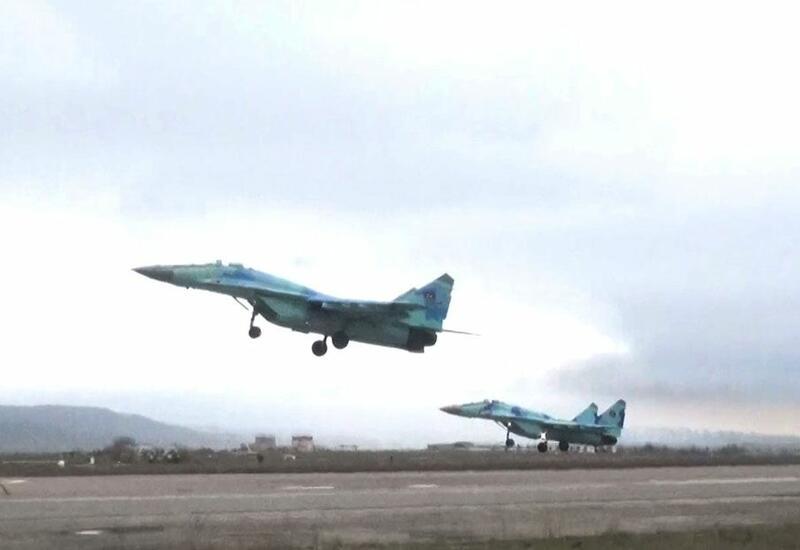 В ходе учений осуществлена передислокация боевой авиации