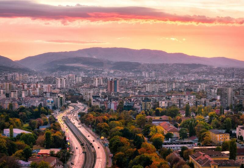 Болгария продлит чрезвычайный режим из-за COVID-19 до конца июня