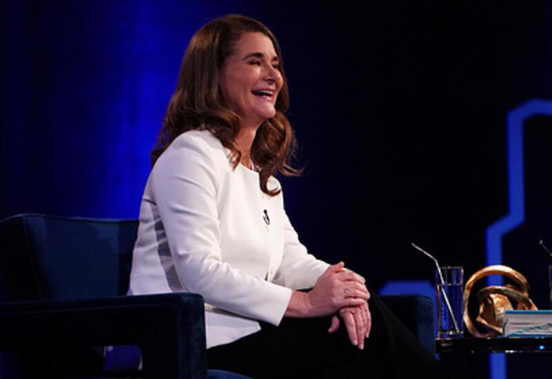 Жена Билла Гейтса получила акции на миллиарды долларов