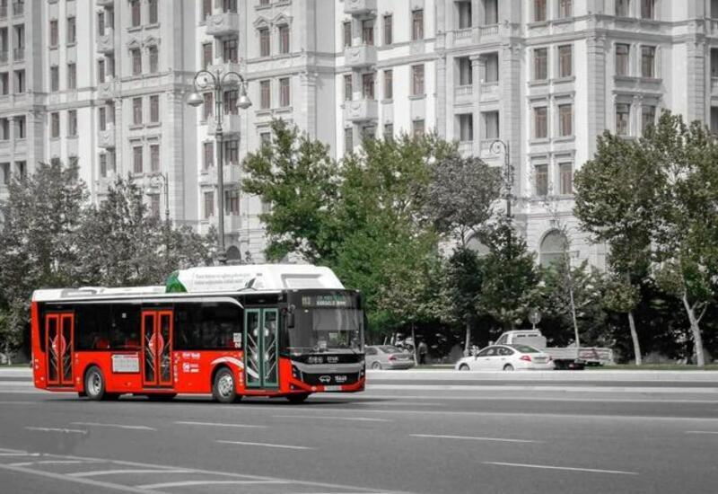 Движение транспорта по этим улицам и проспектам Баку ограничено