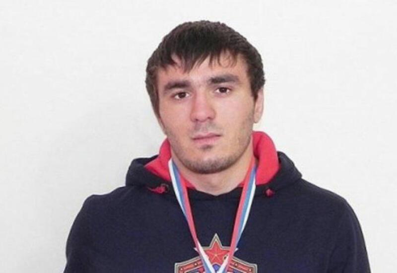 Азербайджанский борец одержал победу над соперником из Армении