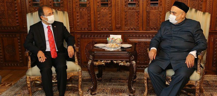 Аллахшукюр Пашазаде принял нового посла Турции в Азербайджане