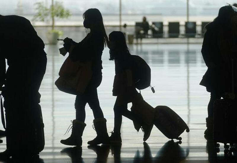 ЕС открывает границы для привитых туристов