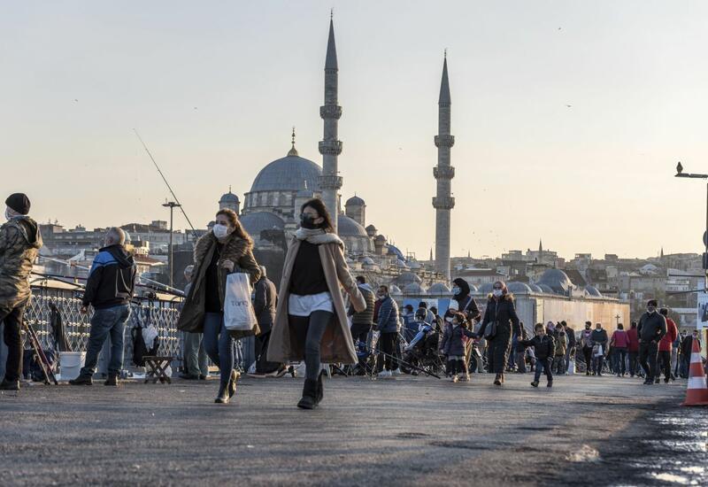 В Турцию прибыли первые российские туристы