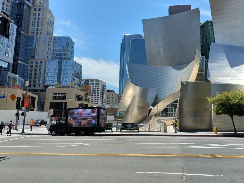 Акции ко Дню Республики прошли в Нью-Йорке, Лос-Анджелесе и Атланте