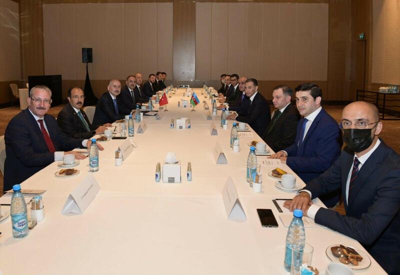 Баку и Анкара обсудили сотрудничество по спутниковым услугам