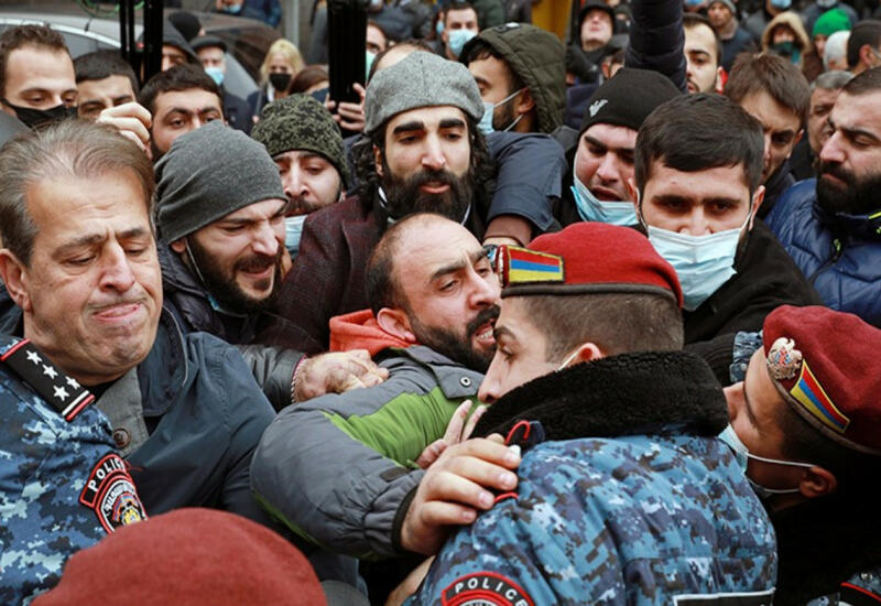 200 тел армянских солдат прячут в холодильниках по приказу Пашиняна