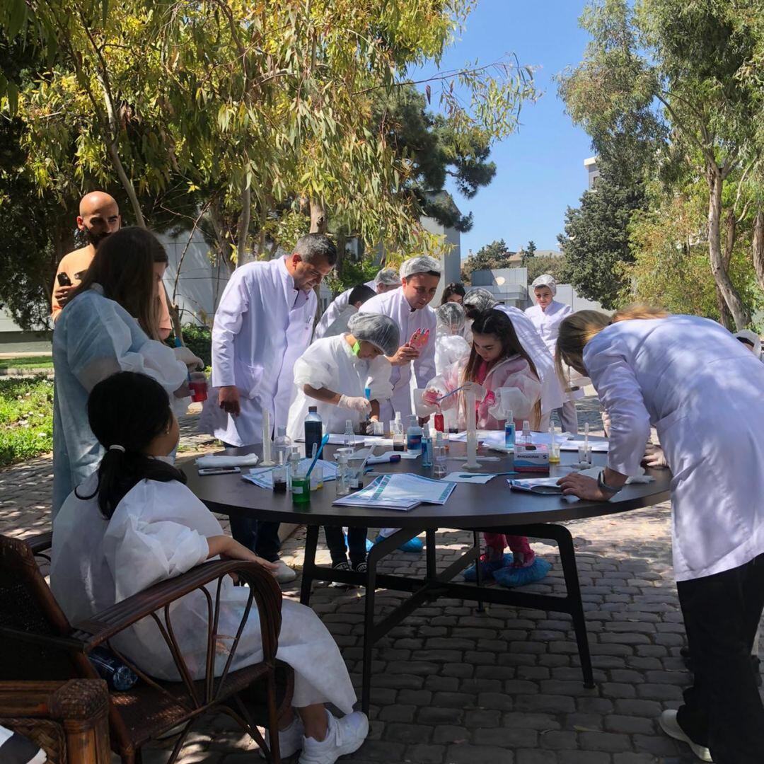 В этот раз продукция компании GAZELLİ GROUP была изготовлена детьми