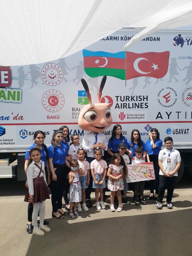 """""""Hədiyyə Kərvanı"""" Türkidəyən Azərbaycana gəldi!"""