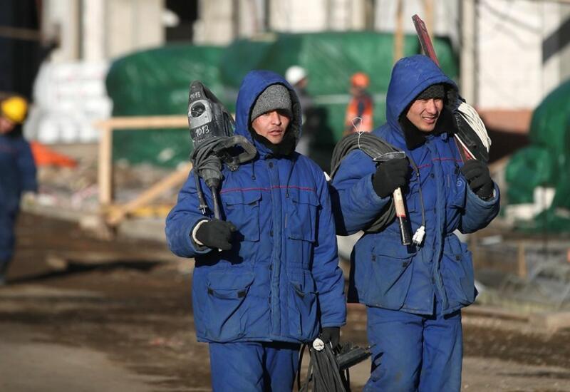 Мигрантов в России обязали знать русский язык, историю и законы страны