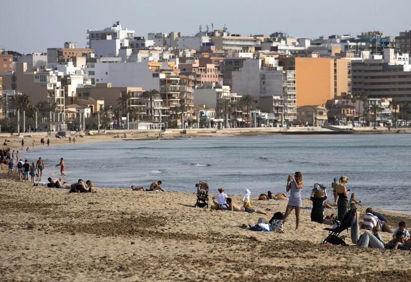 Испания открывает двери для вакцинированных туристов