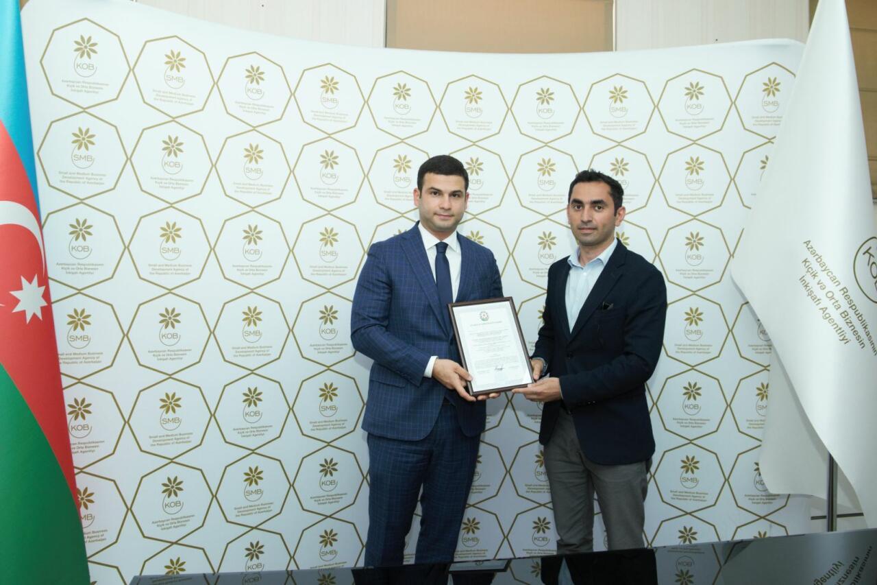Субъектам бизнеса в Азербайджане выдали стартап-сертификаты