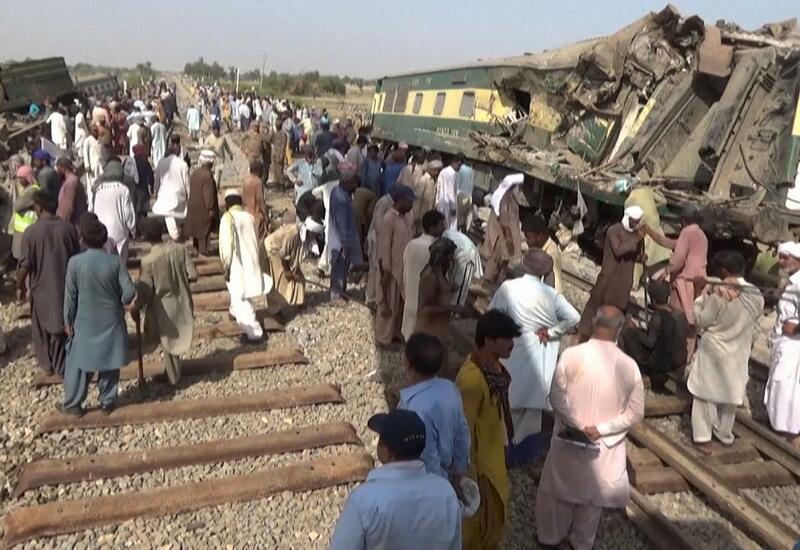 В Пакистане восстановили движение после железнодорожной катастрофы