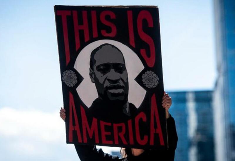 Дочери Обамы участвовали в протестах после смерти Джорджа Флойда в США