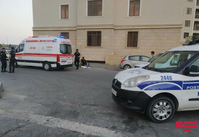 В Баку трехлетний ребенок упал с 16-го этажа
