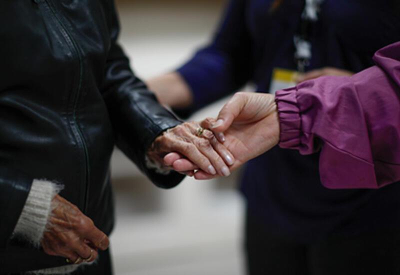 В США одобрили первое за 20 лет лекарство от болезни Альцгеймера