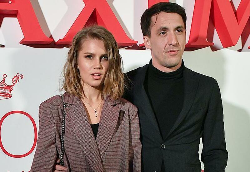 Актриса из «Папиных дочек» объявила о разводе с Артуром Смольяниновым