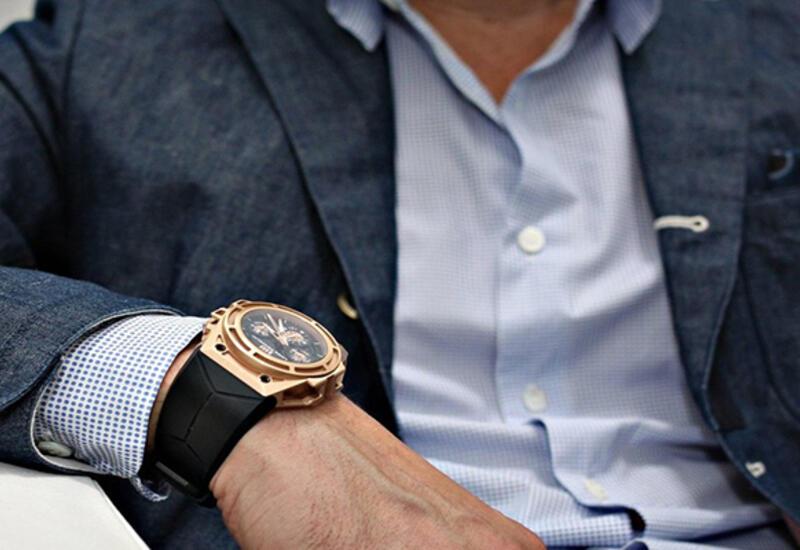 В Баку из машины украли часы за 100 тысяч манатов
