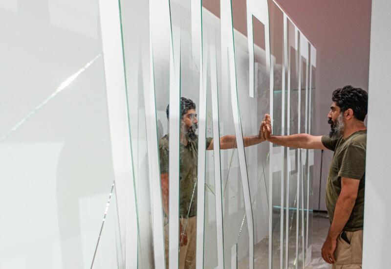 """YARAT представляет новую персональную выставку Рашада Алакбарова """"Ты сам и есть!"""""""