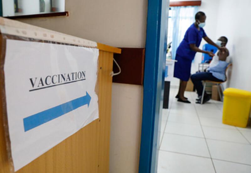 Африканцев кололи водой вместо вакцины от коронавируса