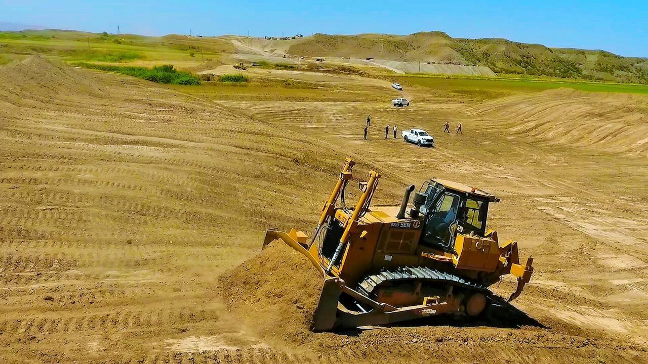 Продолжается строительство автодороги Ахмедбейли-Горадиз-Миндживан-Агбенд