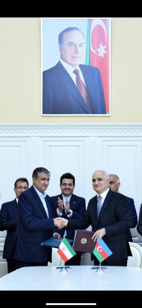Шахин Мустафаев на переговорах с министром дорог и градостроительства Ирана