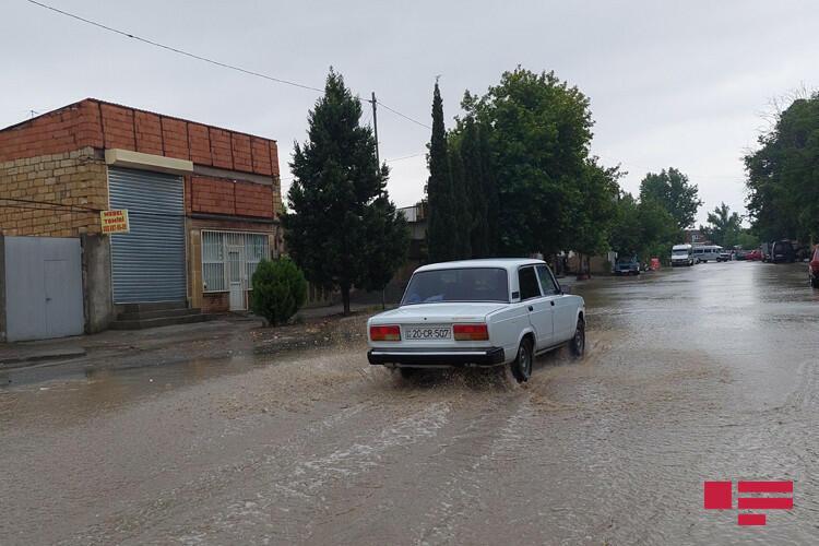 Ливни в Гяндже вызвали сели