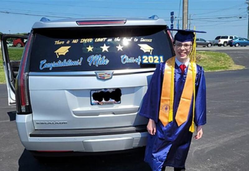 12-летний американец окончил колледж и запустил два бизнеса