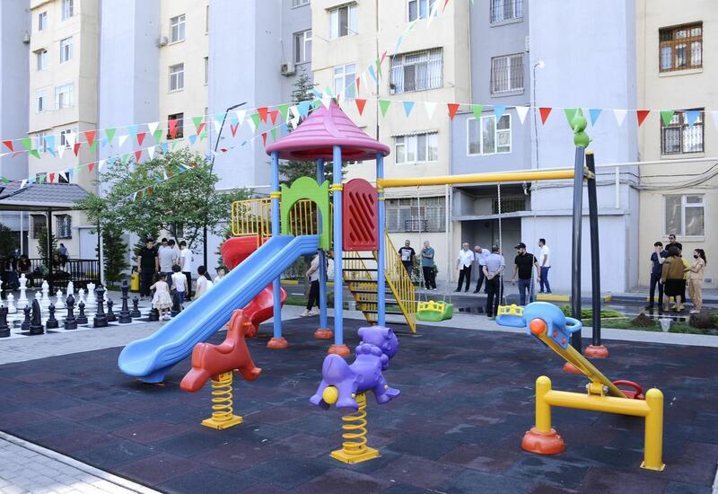 В пользование жителей Баку передан еще один благоустроенный двор