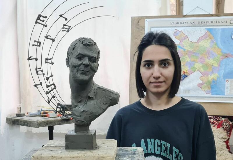 Бюст шехида Худаяра Юсифзаде передан в Национальный музей истории Азербайджана