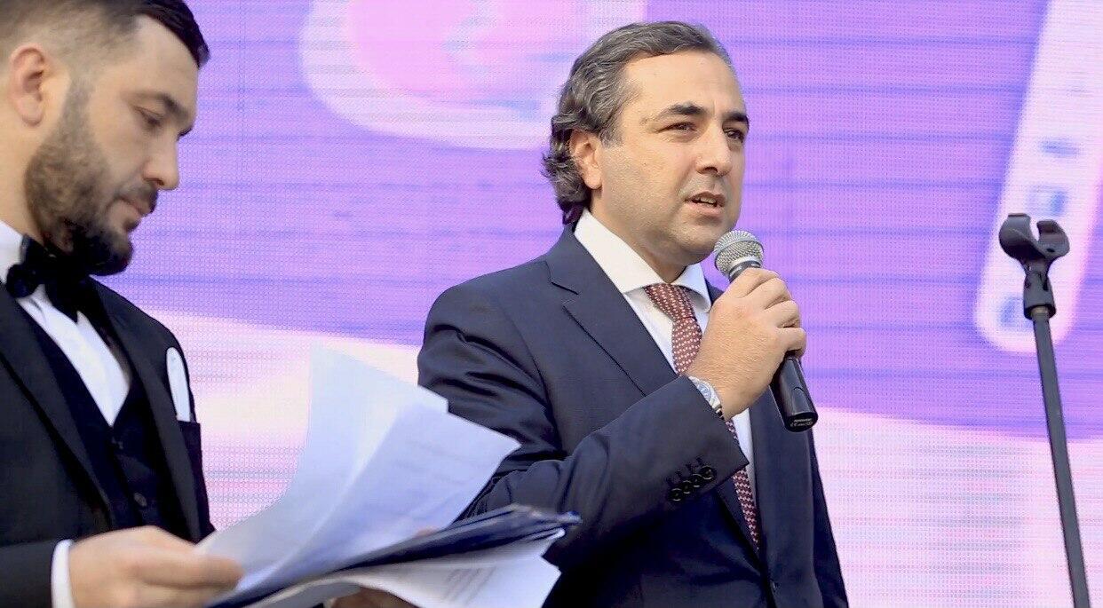 """""""Baku Sportinq"""" uşaq futbol klubunun təşəbbüsü ilə """"Bank VTB Azərbaycan"""" kuboku adlı turniri baş tutmuşdur"""