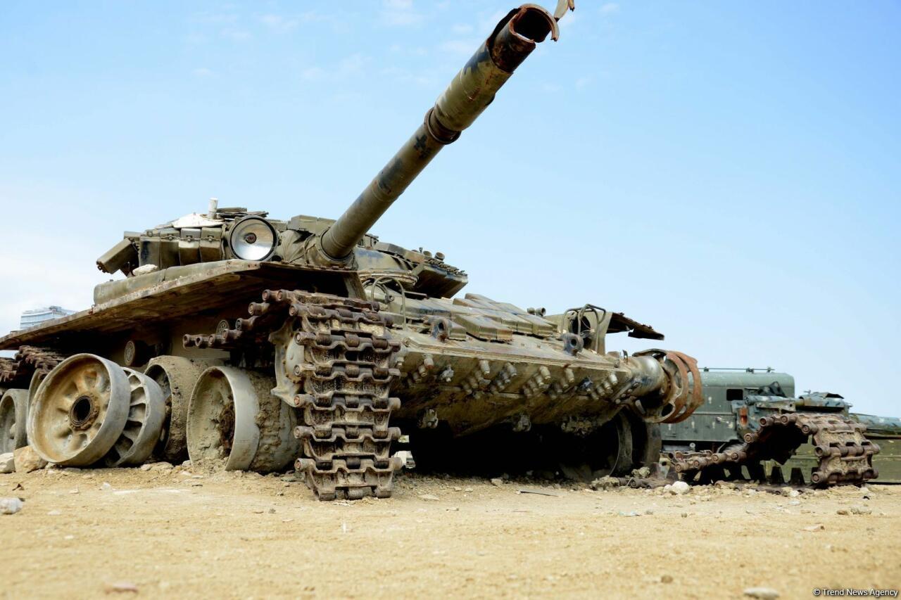 Мощь азербайджанской армии в Парке военных трофеев в Баку