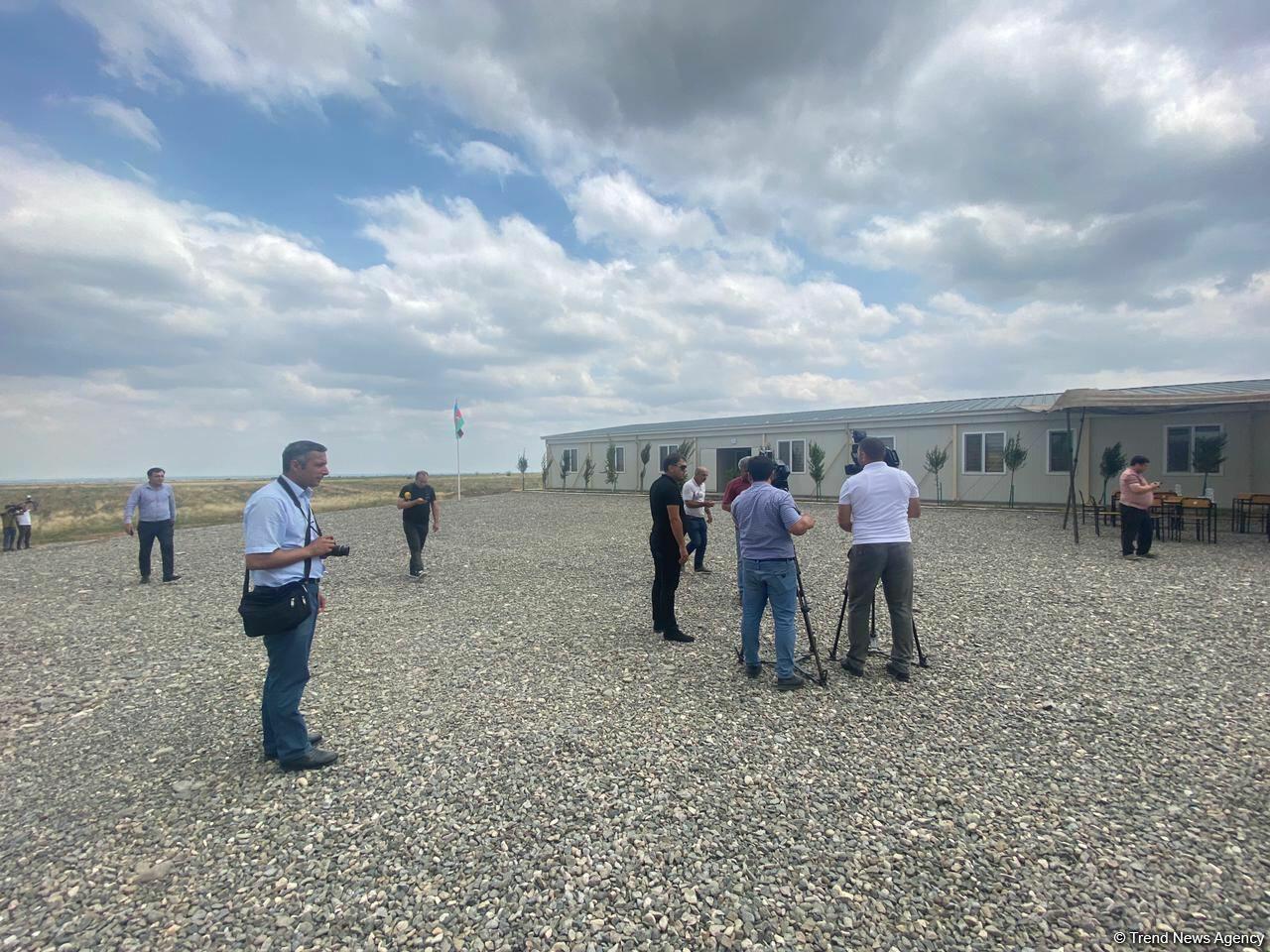 Организован медиа-тур в воинские части модульного типа на освобожденных территориях Азербайджана