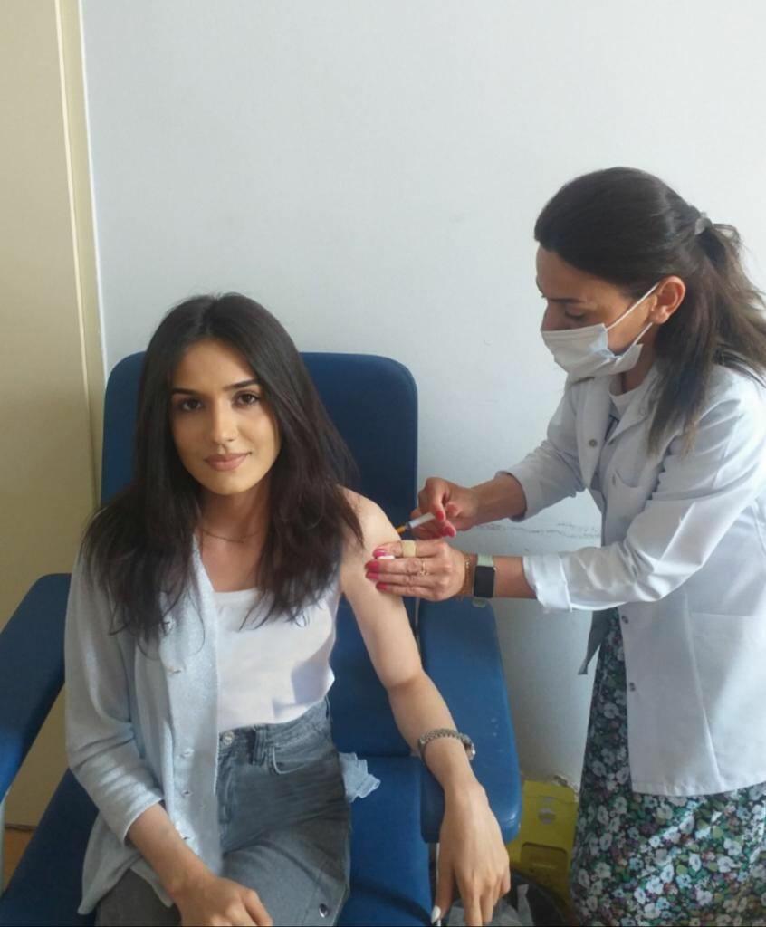 Азербайджанская молодежь принимает активное участие в вакцинации