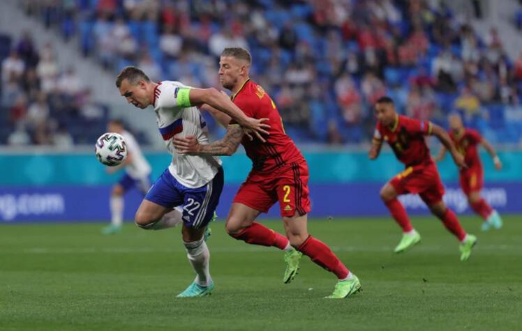 Сборная России проиграла Бельгии в первом матче на Евро