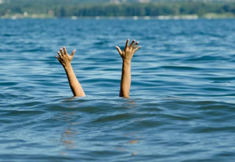 В Баку утонул 12-летний мальчик