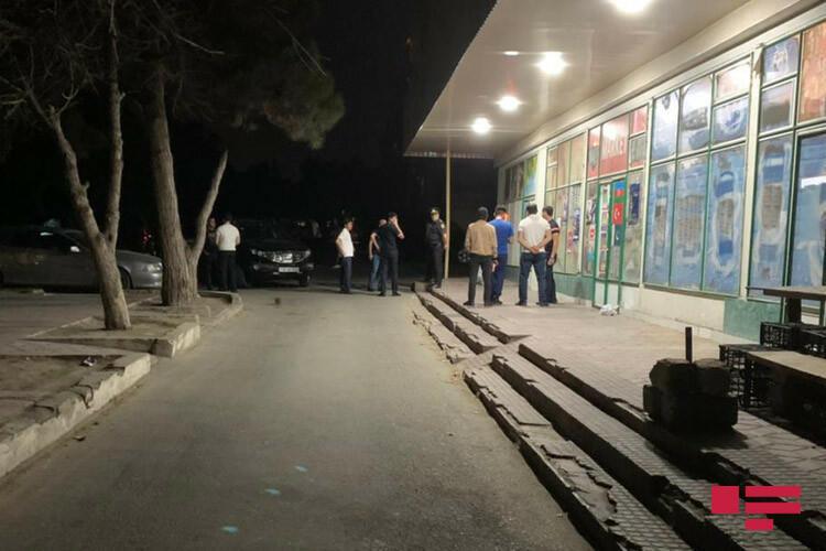 В Баку неизвестный убил 23-летнего парня