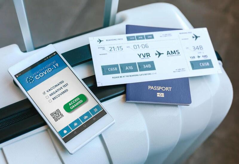 Еворосоюз разрешил поездки людям с европейскими COVID-сертификатами