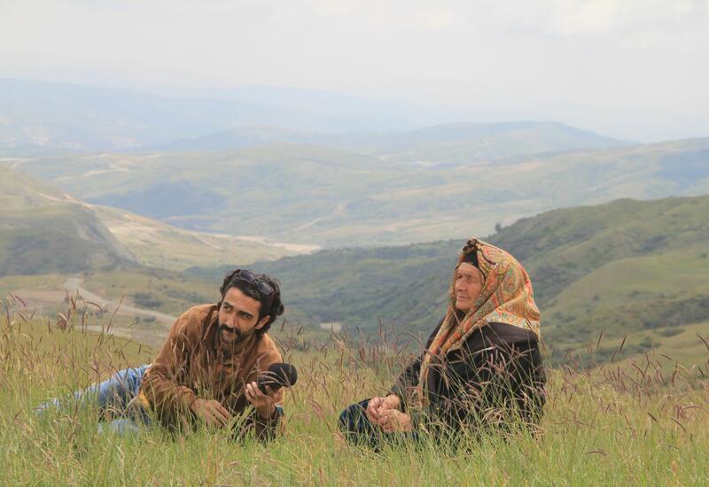 """В Агсу проходят съемки фильма """"Tərəkəmə qadın"""""""