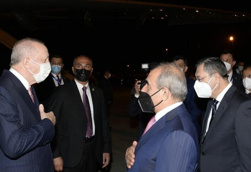 Реджеп Тайип Эрдоган прибыл с официальным визитом в Азербайджан