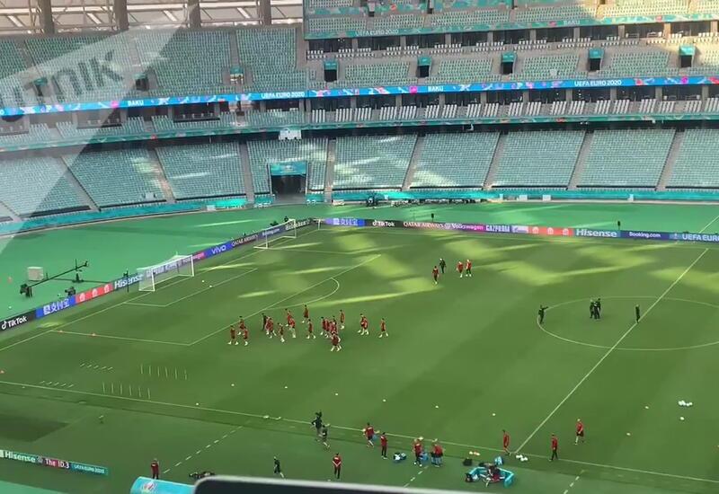 Футболисты сборной Турции провели первую тренировку в Баку