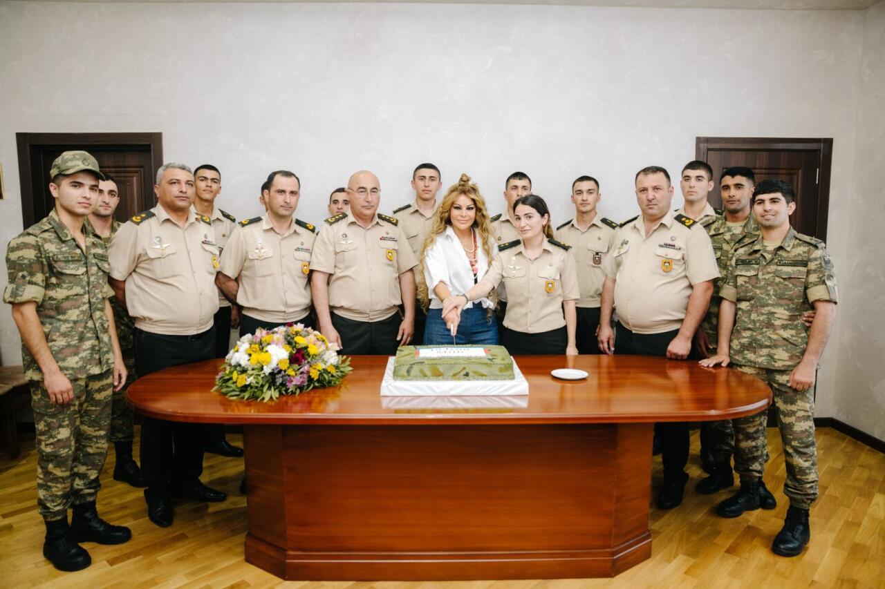 Айгюн Кязымова выступила с концертом, приуроченным ко Дню национального спасения